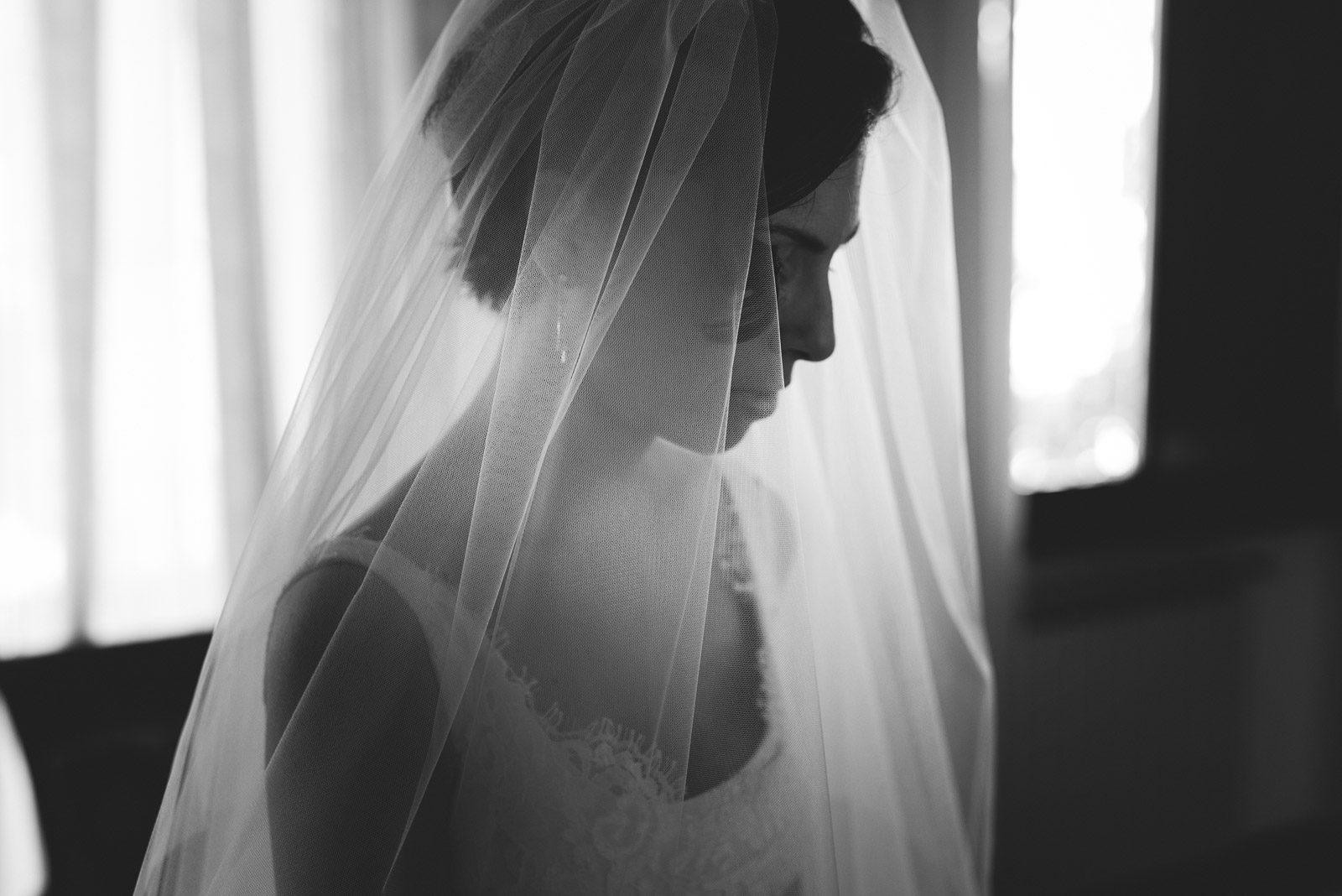 dettaglio velo di sposa