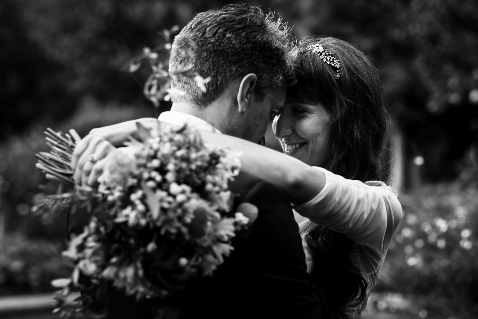 Wedding photographer in Brianza. Newly wed bride and groom couple portrait at wedding reception location