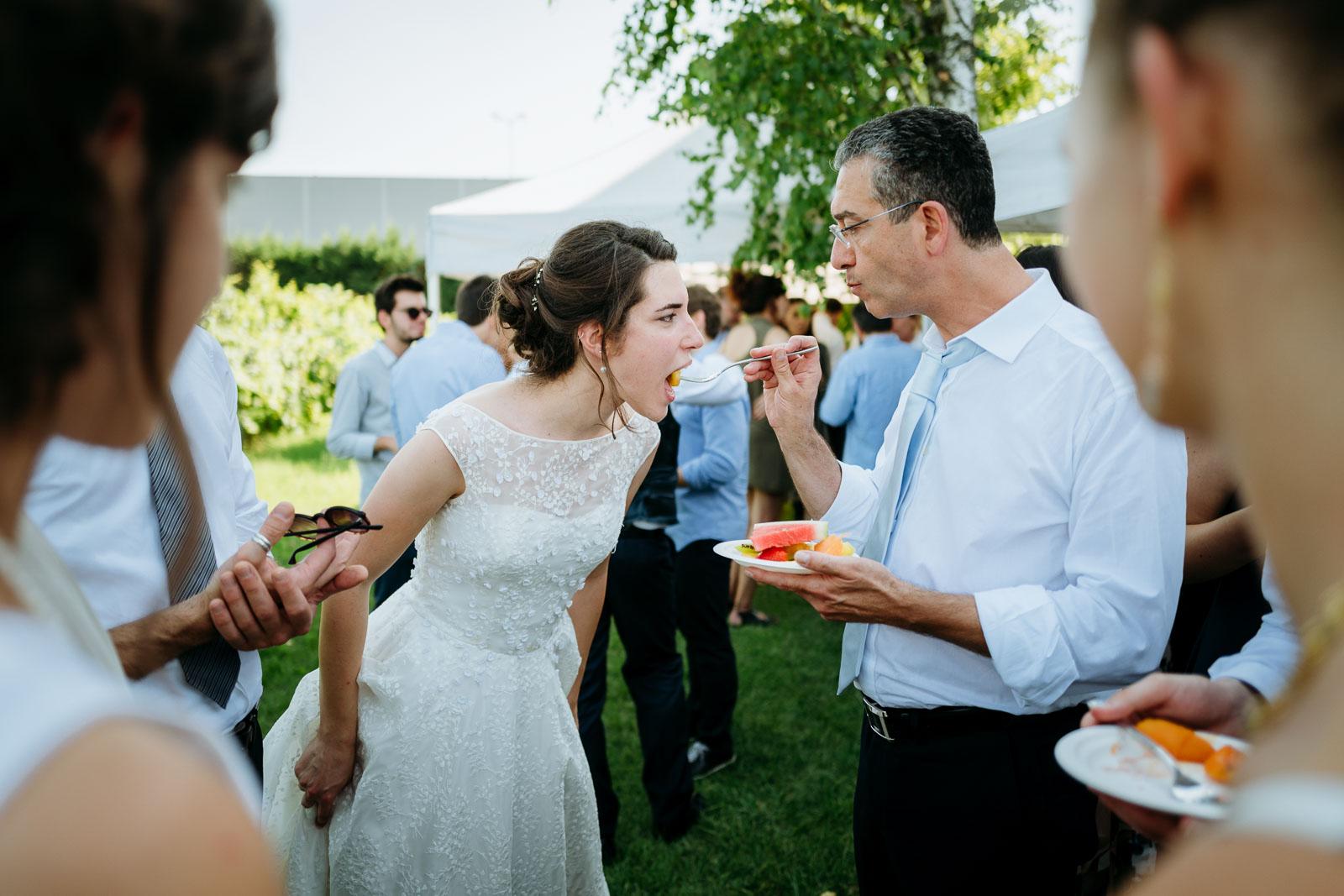 Sposa e padre della sposa. Max Allegritti, Fotografo Professionista di matrimonio a Milano e Monza Brianza chiara-e-macs-0019